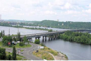Le pont Paton de Kiev © Fastboy Wikimedia Commons