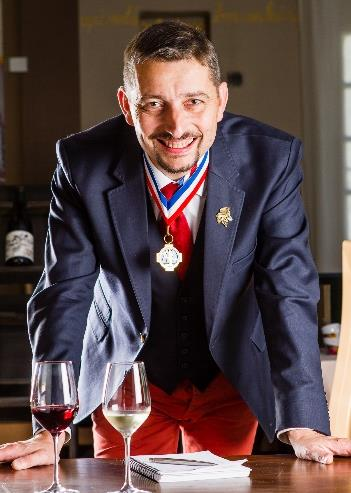 Laurent Derhé, sommelier et meilleur ouvrier de France.